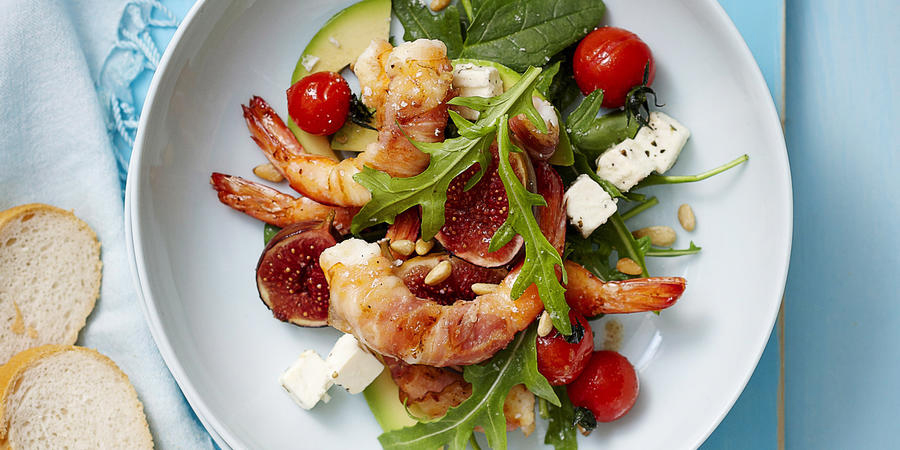 Recept meseca: solata s škampi in figami